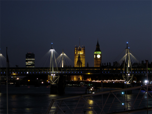 Houses of Parliment with Jubilee Bridge